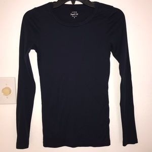 J Crew Long Sleeve Tee/ size small in Navy Blue